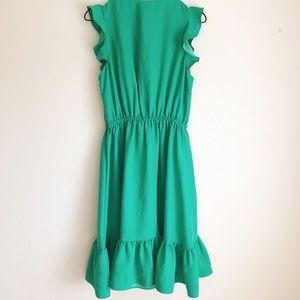 kate spade Dresses - kate spade ✨ sleeveless crepe ruffle dress